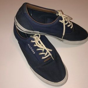 Vintage Tommy Hilfiger canvas shoe (unisex)